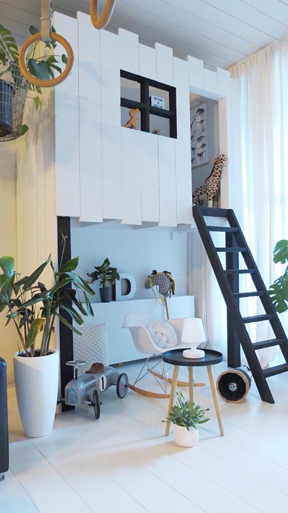 Mijn nieuwe design radiatorbekleding in de woonkamer!