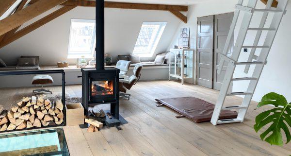 Blog Warmte en gezelligheid bij de houtkachel!