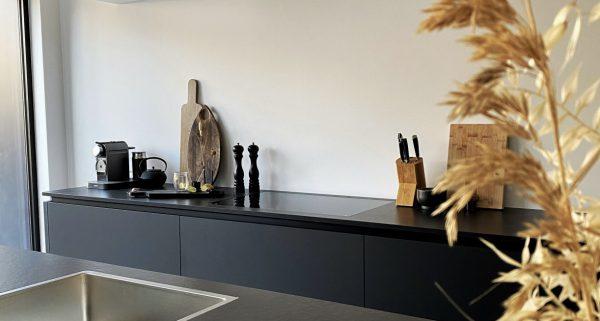 Keuken uitbouwen met glazen pui